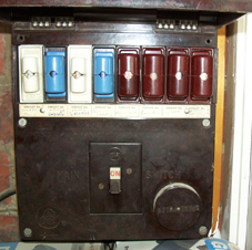oldfuse box227 how to learn about your consumer unit(fuse box) made easy cartridge fuse box at sewacar.co